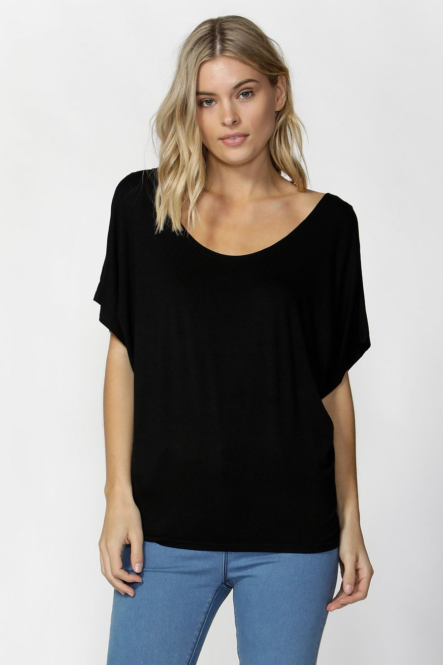 Maui Tee by Betty Basics - Black
