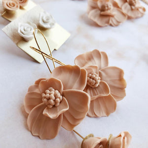 BLUSH Pincushion