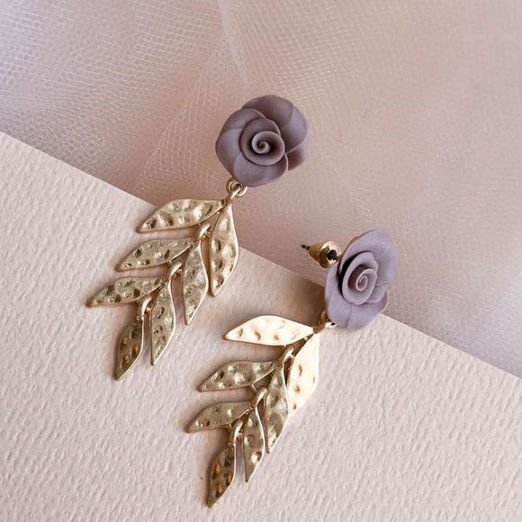 Fig+Fern | mauve leaf earrings