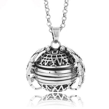 Expanding Photo Locket - WalletHolder