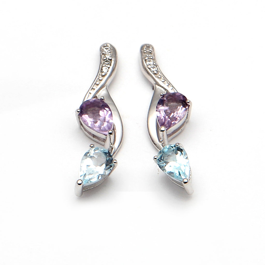 Wavy teardrop earrings
