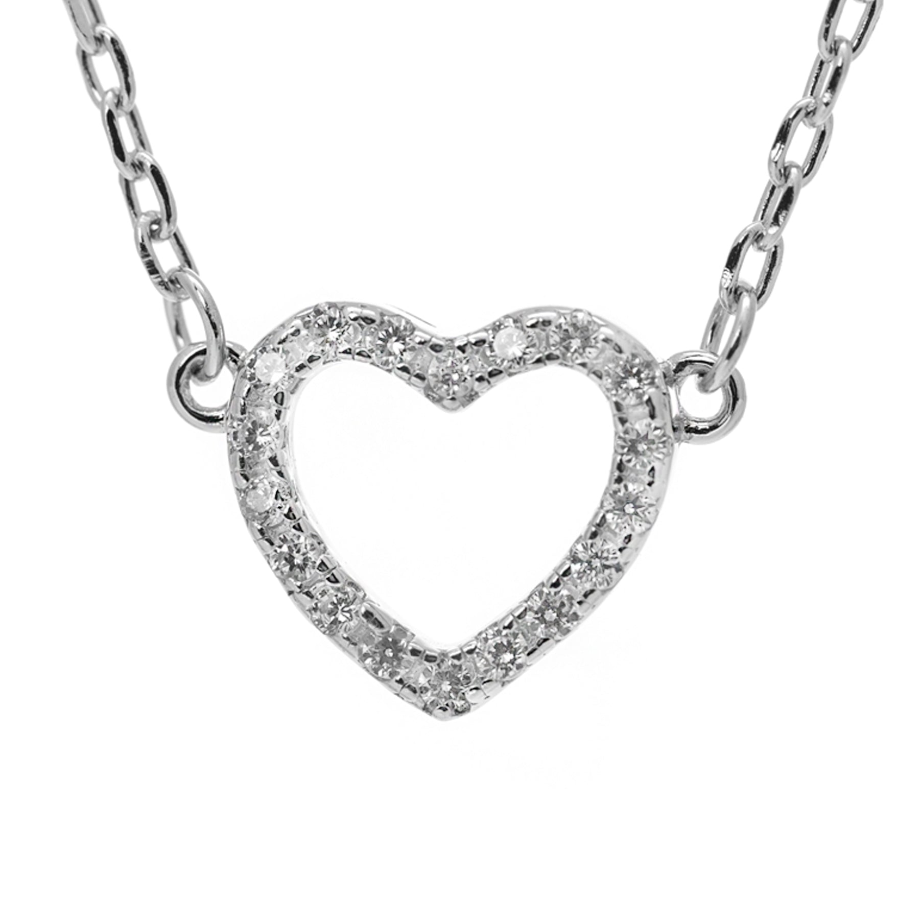 Glitzy heart necklace