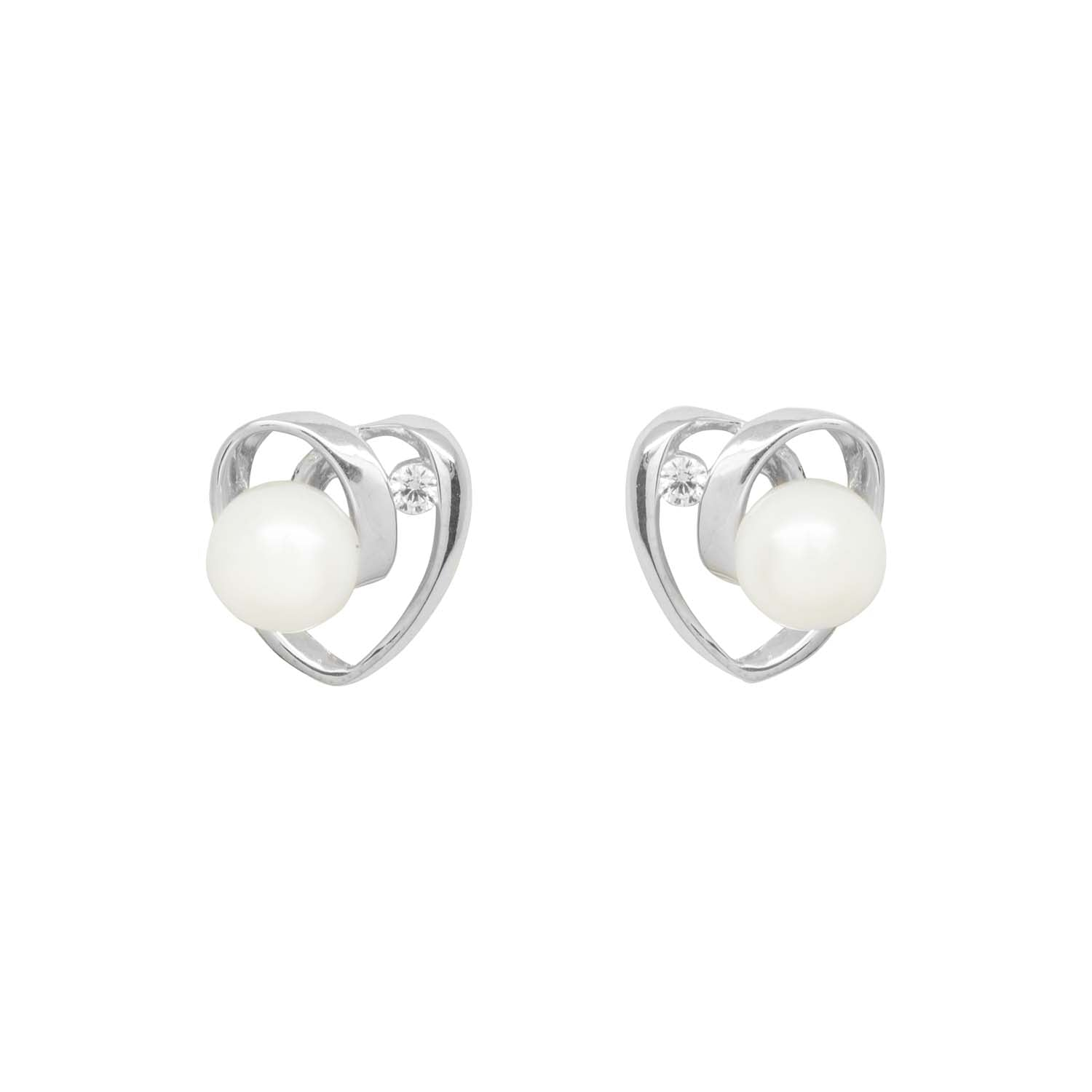 Sparkly pearl heart earrings