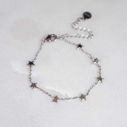 Junk Jewels Delicate Star Bracelet in Silver