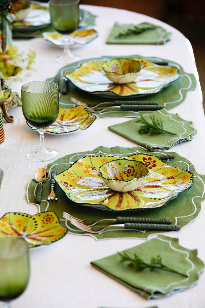 Twilly Festive Dinner Plate - Green Pattern