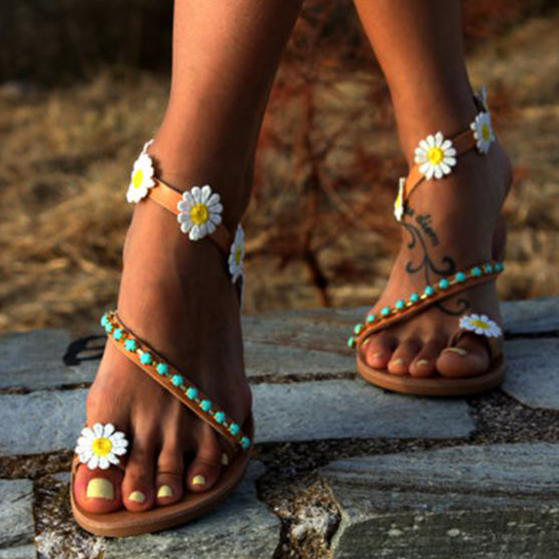 Plus Size Sweet Flower Ankle Strap Flat Sandals