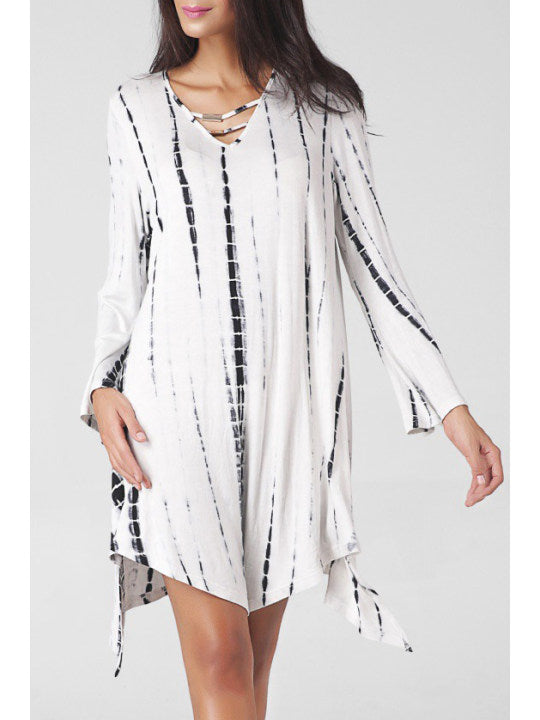 V Neck Cutout Printed Oversized Shift Dress