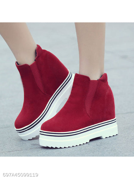 Plain Low Heeled Velvet Round Toe Casual Sneakers