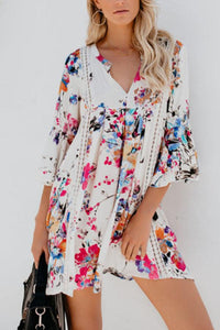 V Neck  Floral Printed  Bell Sleeve  Long Sleeve Casual Dresses
