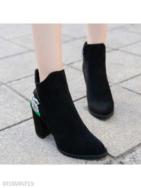 Embroidery Floral Chunky High Heeled Velvet Round Toe Date High Heels Boots