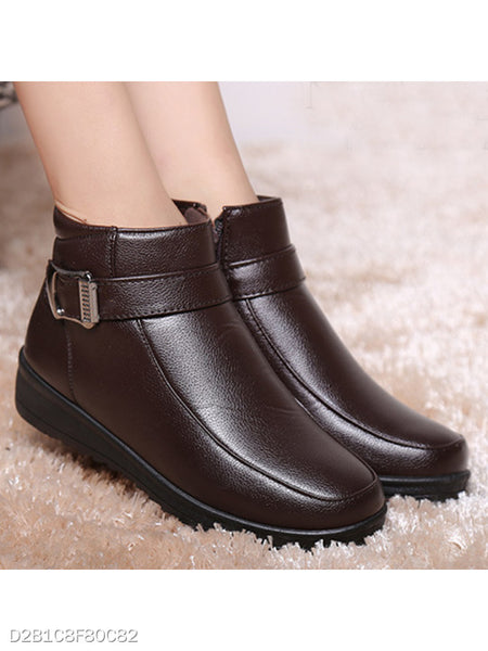 Plain Low Heeled Round Toe Outdoor Ankle Boots