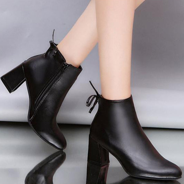 Plain Chunky High Heeled Round Toe Outdoor High Heels Boots
