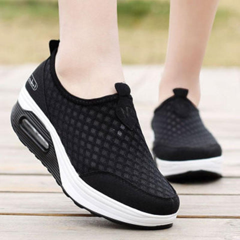 Round Toe Slip On Mesh Breathable Platform Canvas Shoes