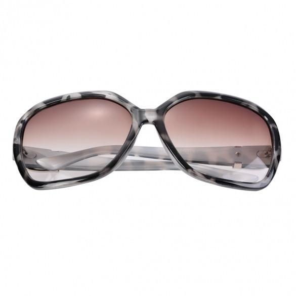 Women Fashion Eyewear Rivet Square Casual Travel Sunglasses