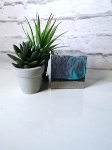 Resin and concrete cube led light
