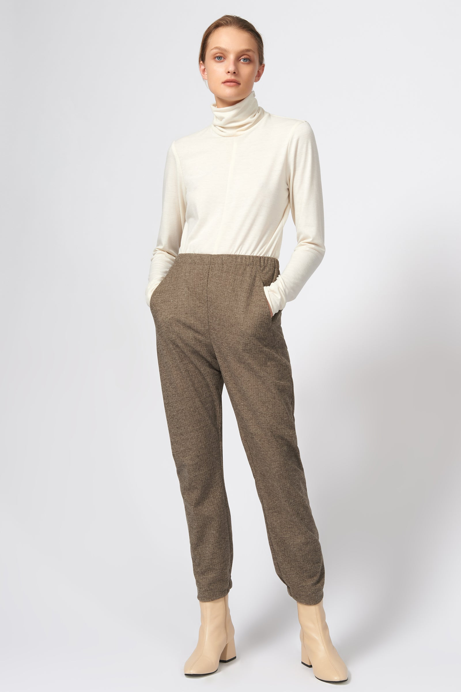 Kal Rieman Angle Seam Jogger in Taupe Herringbone on Model Full Front View