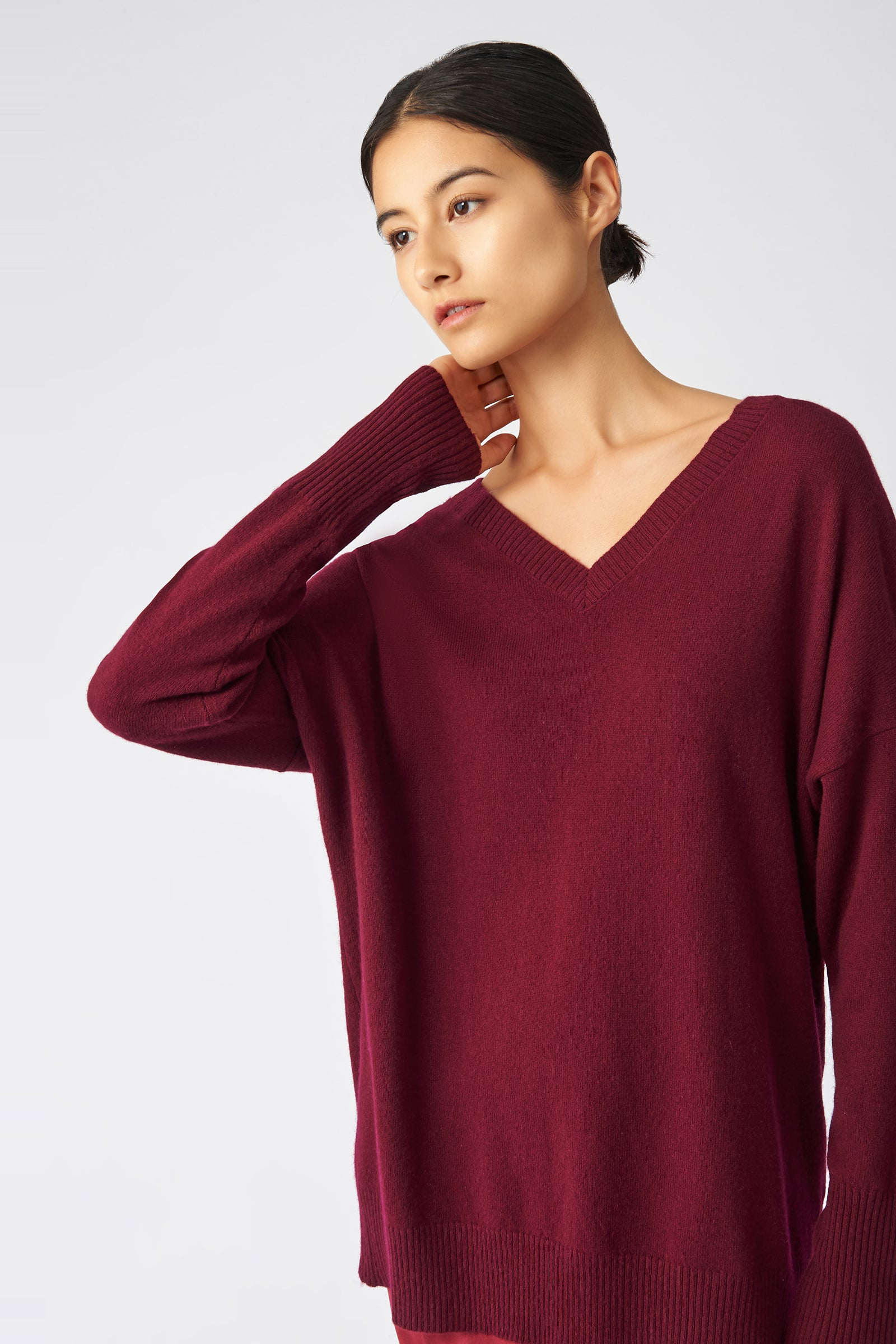 Kal Rieman Cashmere V Neck in Bordeaux on Model Front Detail View