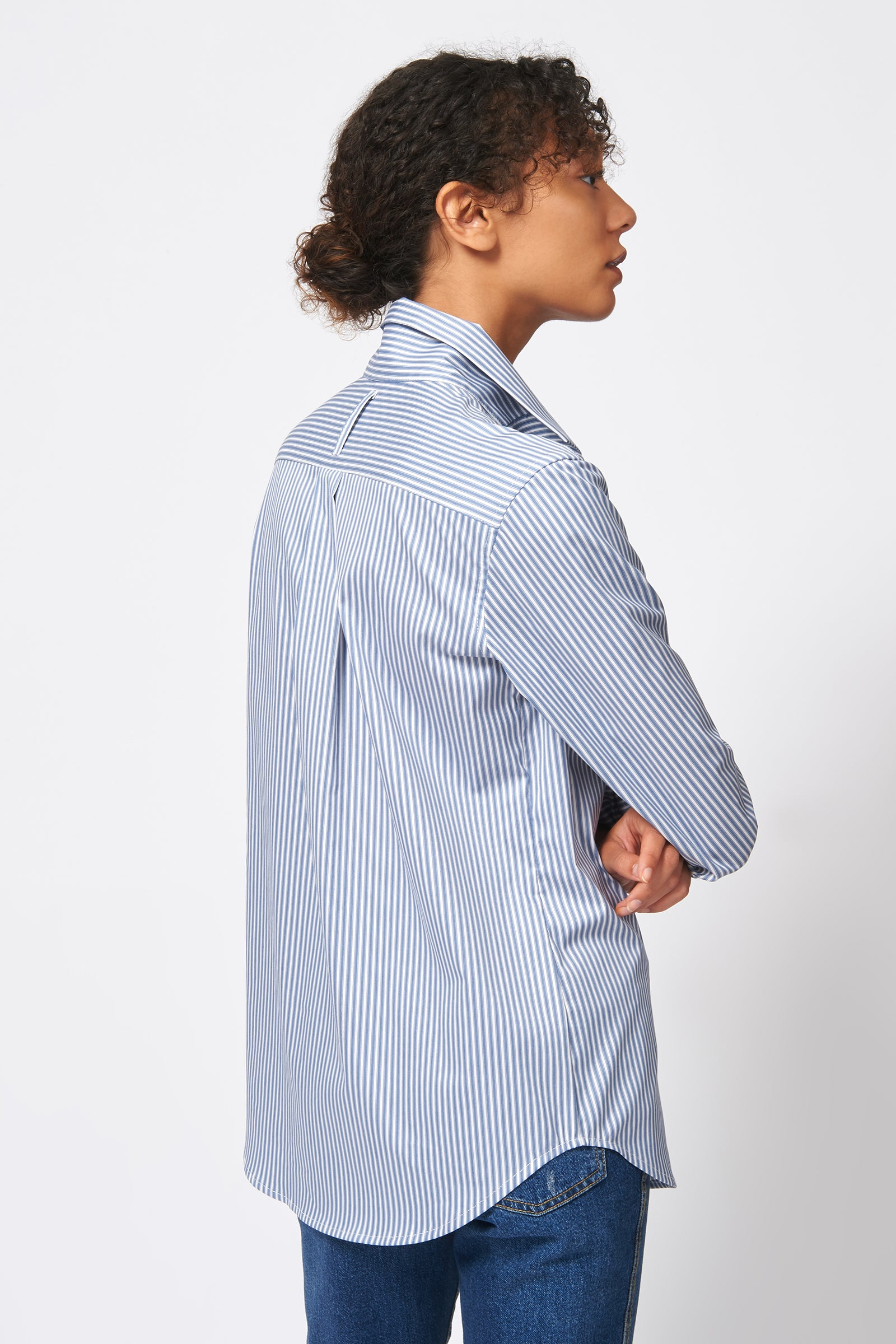 Kal Rieman Ginna Box Pleat Shirt in Stripe Stretch on Model Front Detail View