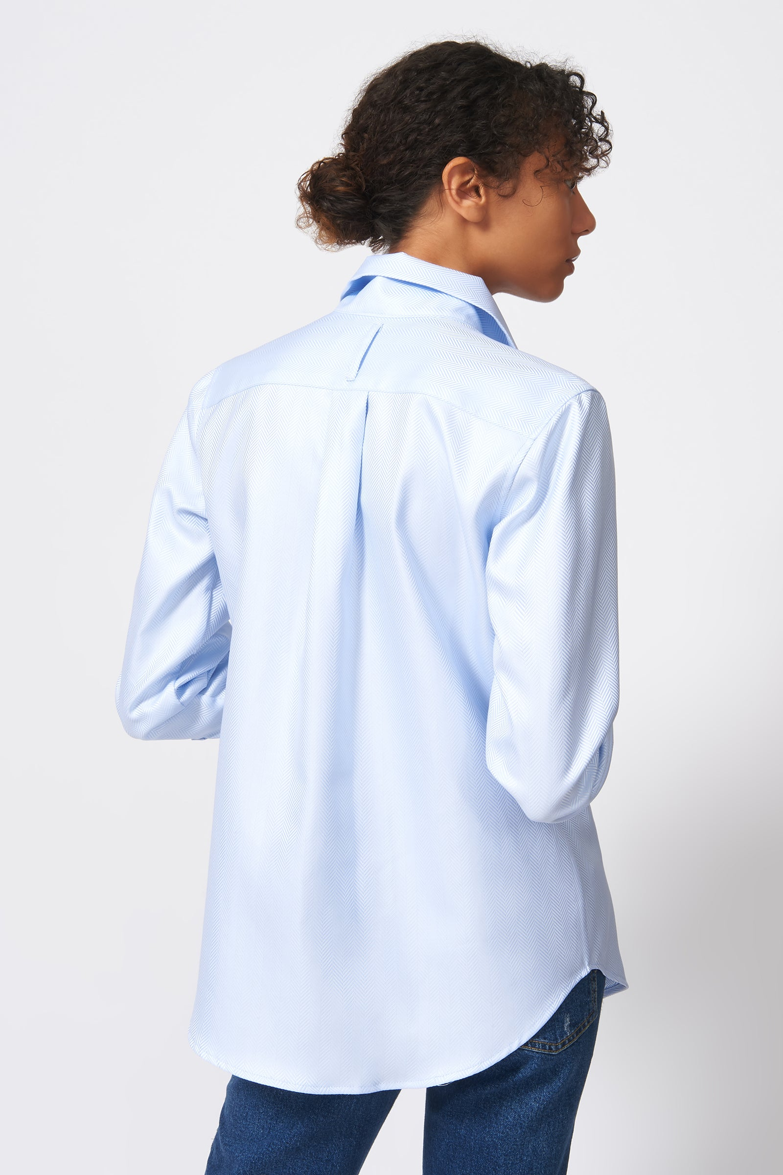Kal Rieman Ginna Box Pleat Shirt in French Blue Herringbone on Model Back View