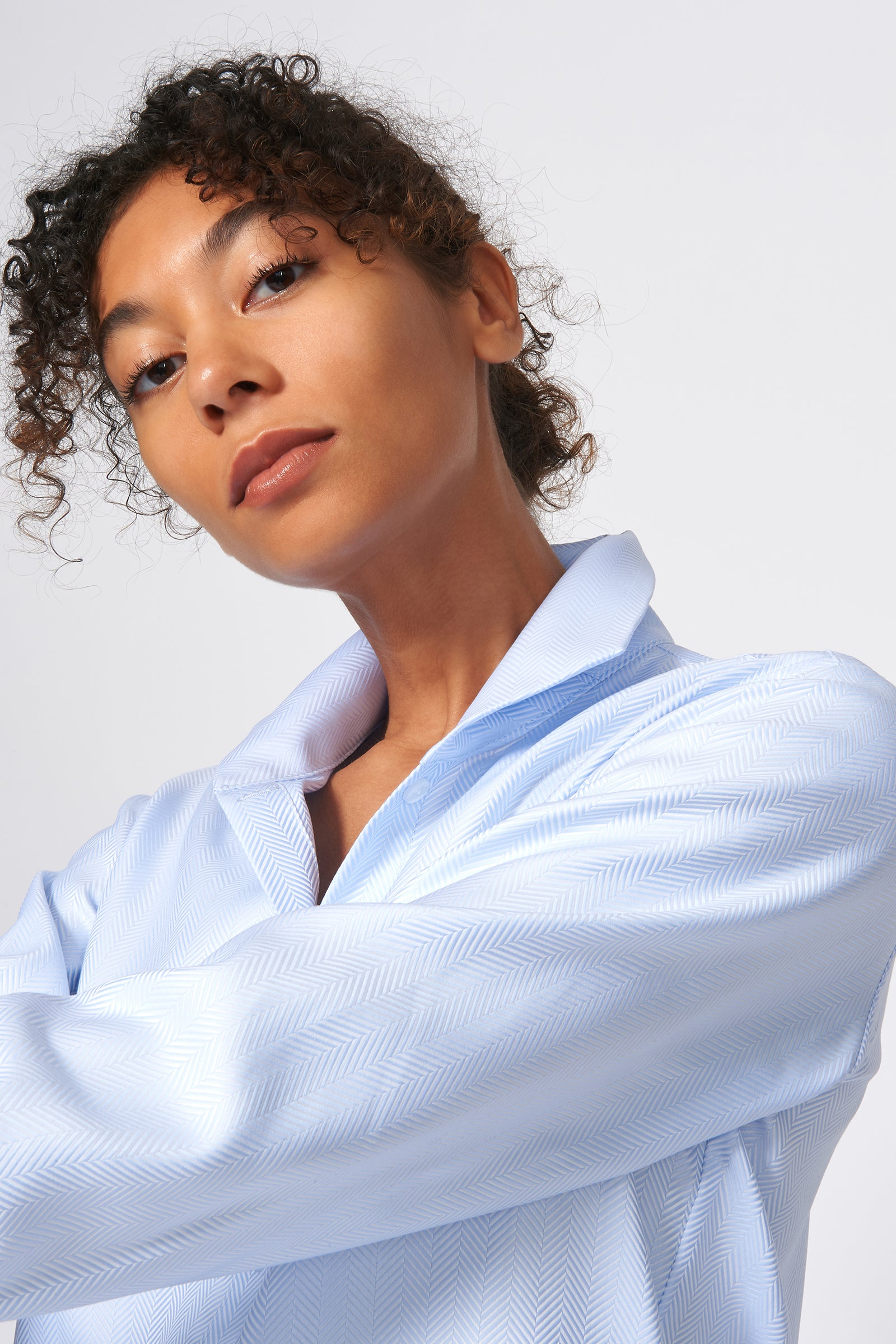 Kal Rieman Ginna Box Pleat Shirt in French Blue Herringbone on Model Detail View