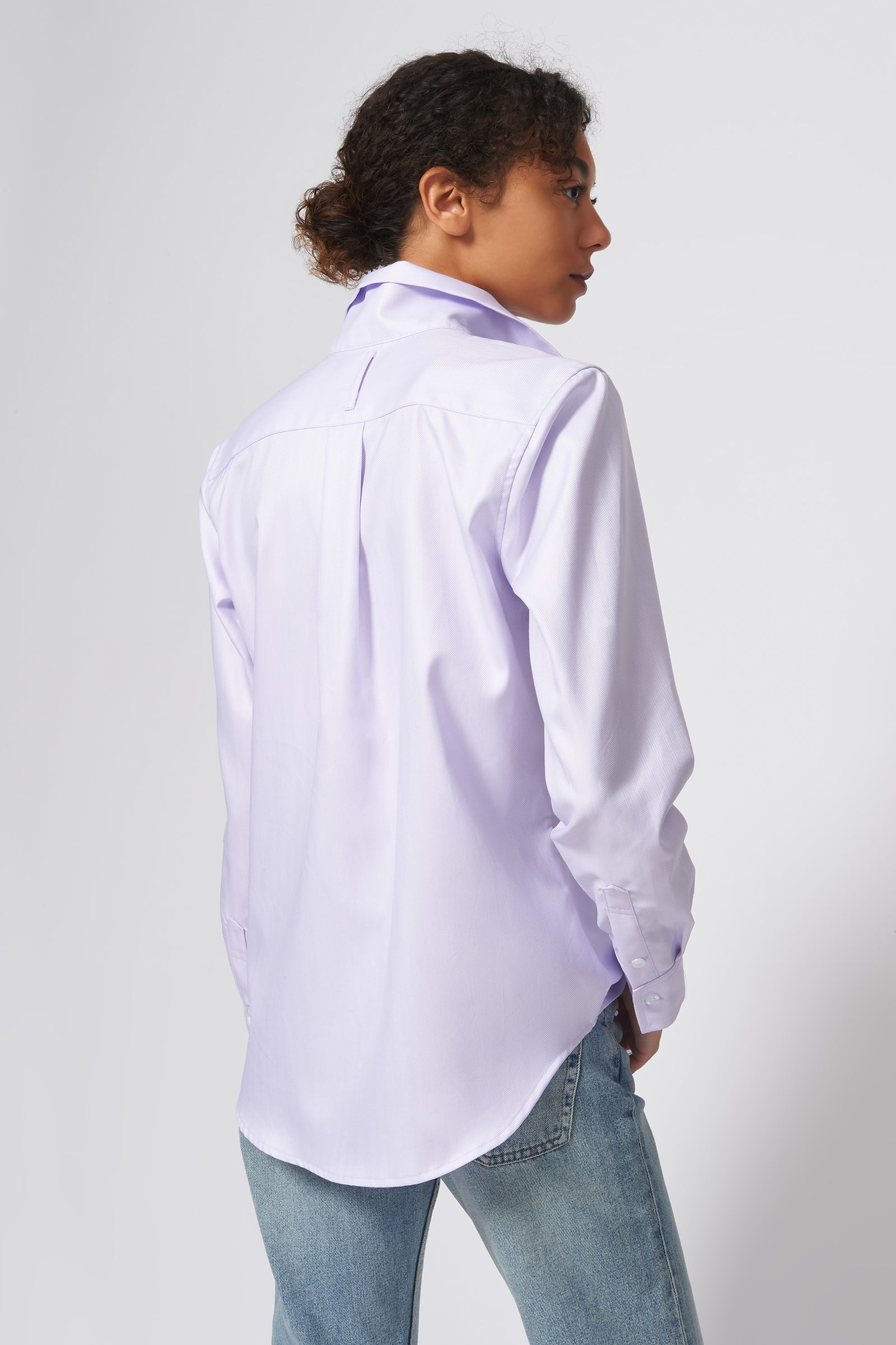 Kal Rieman Ginna Box Pleat Shirt in Lavendar Fine Herringbone on Model Full Back View