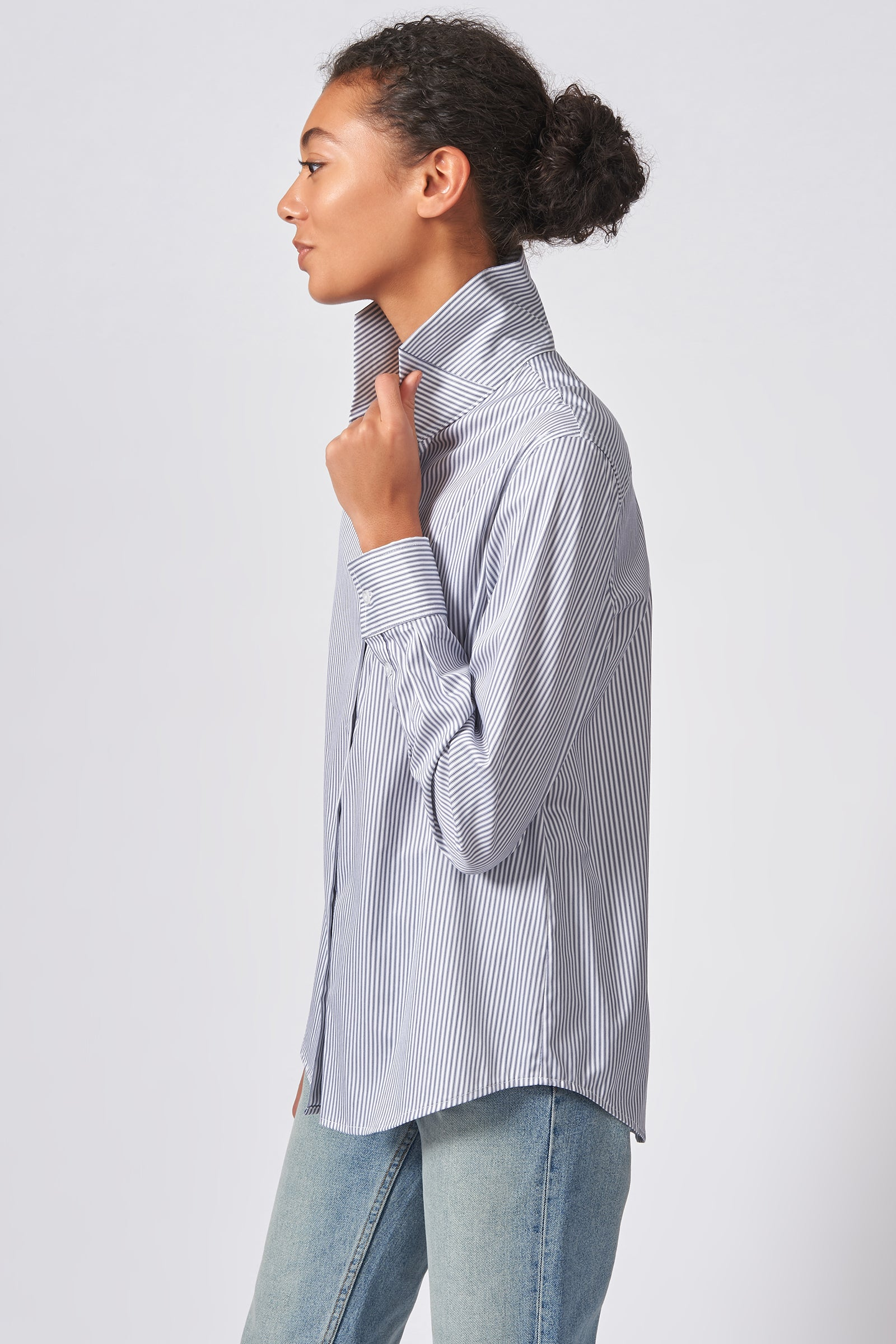 Kal Rieman Ginna Box Pleat Tailored Shirt in Navy Stripe Stretch on Model Side View