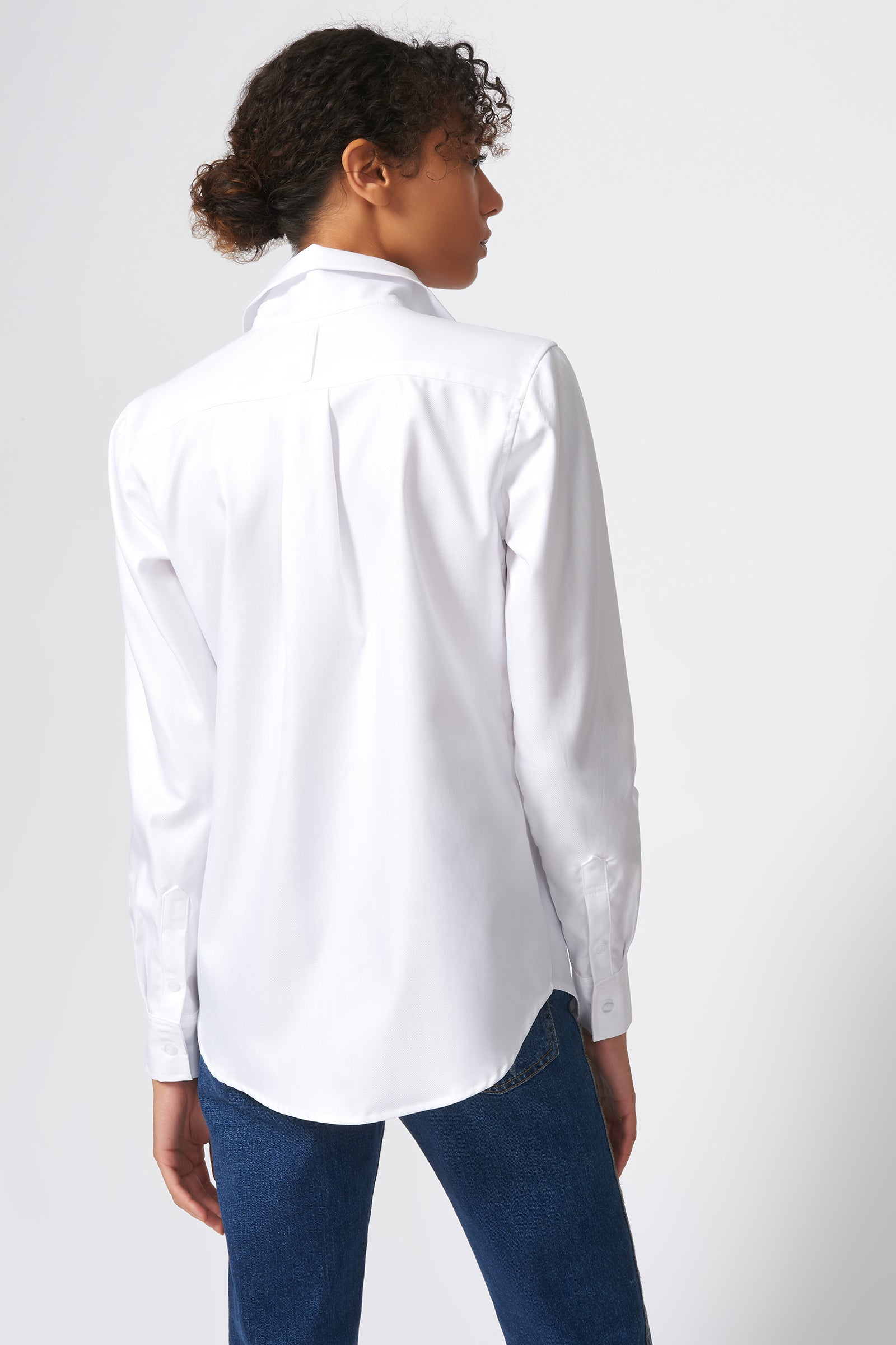 Kal Rieman Ginna Box Pleat Shirt in White Fine Herringbone on Model Back View