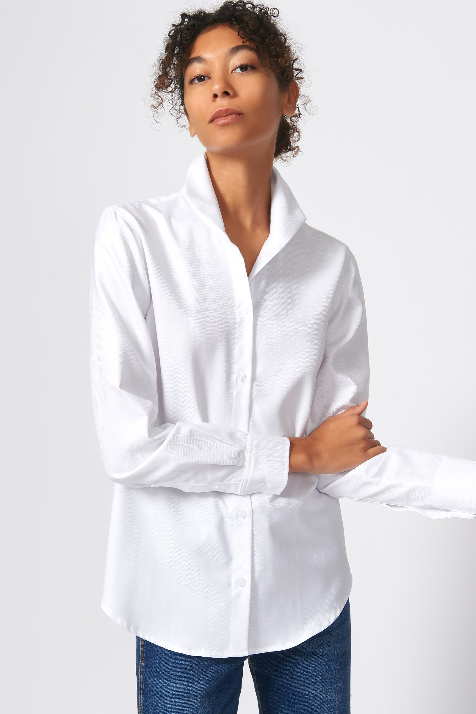 Kal Rieman Ginna Box Pleat Shirt in White Fine Herringbone on Model Front View