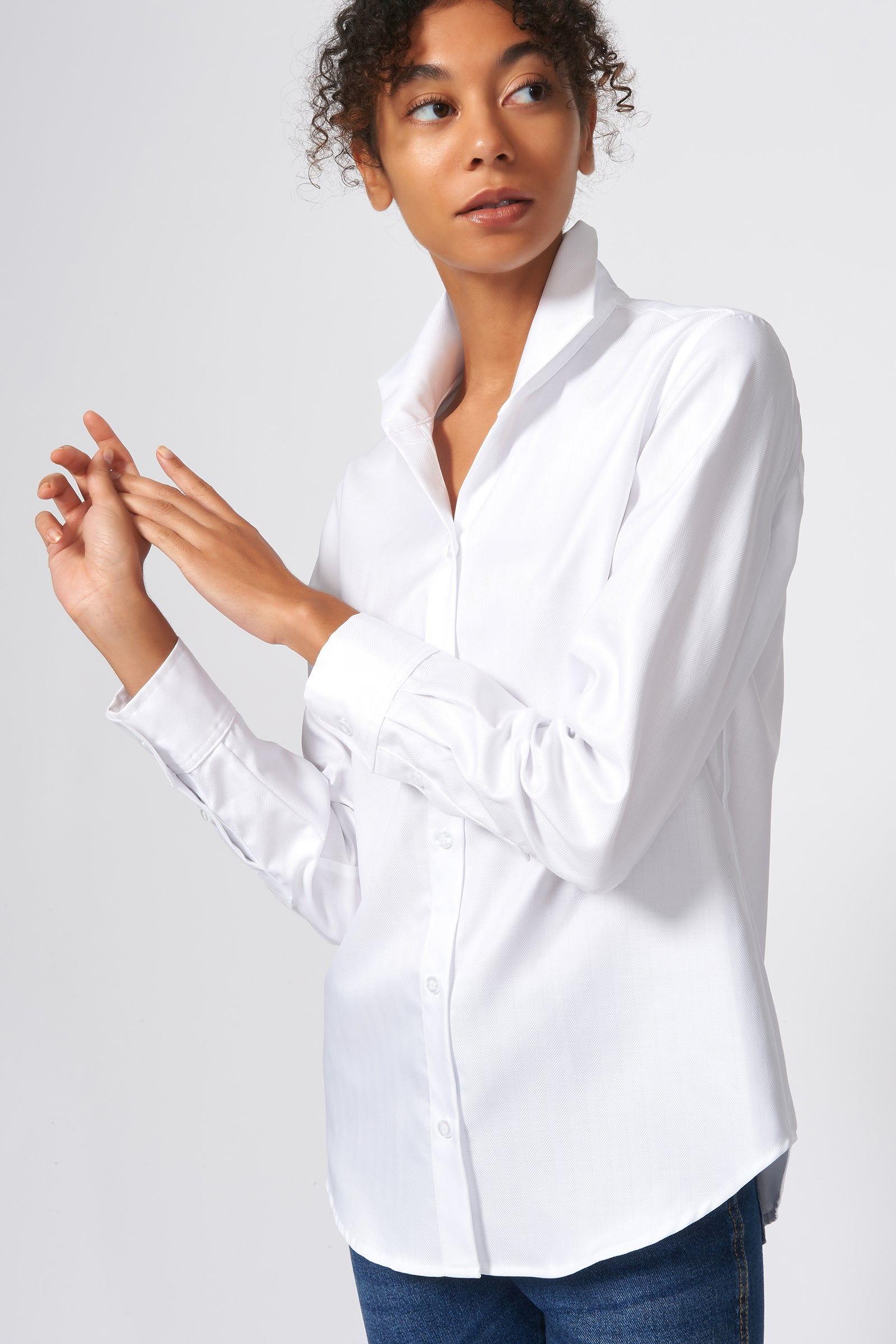 Kal Rieman Ginna Box Pleat Shirt in White Fine Herringbone on Model Front Side View