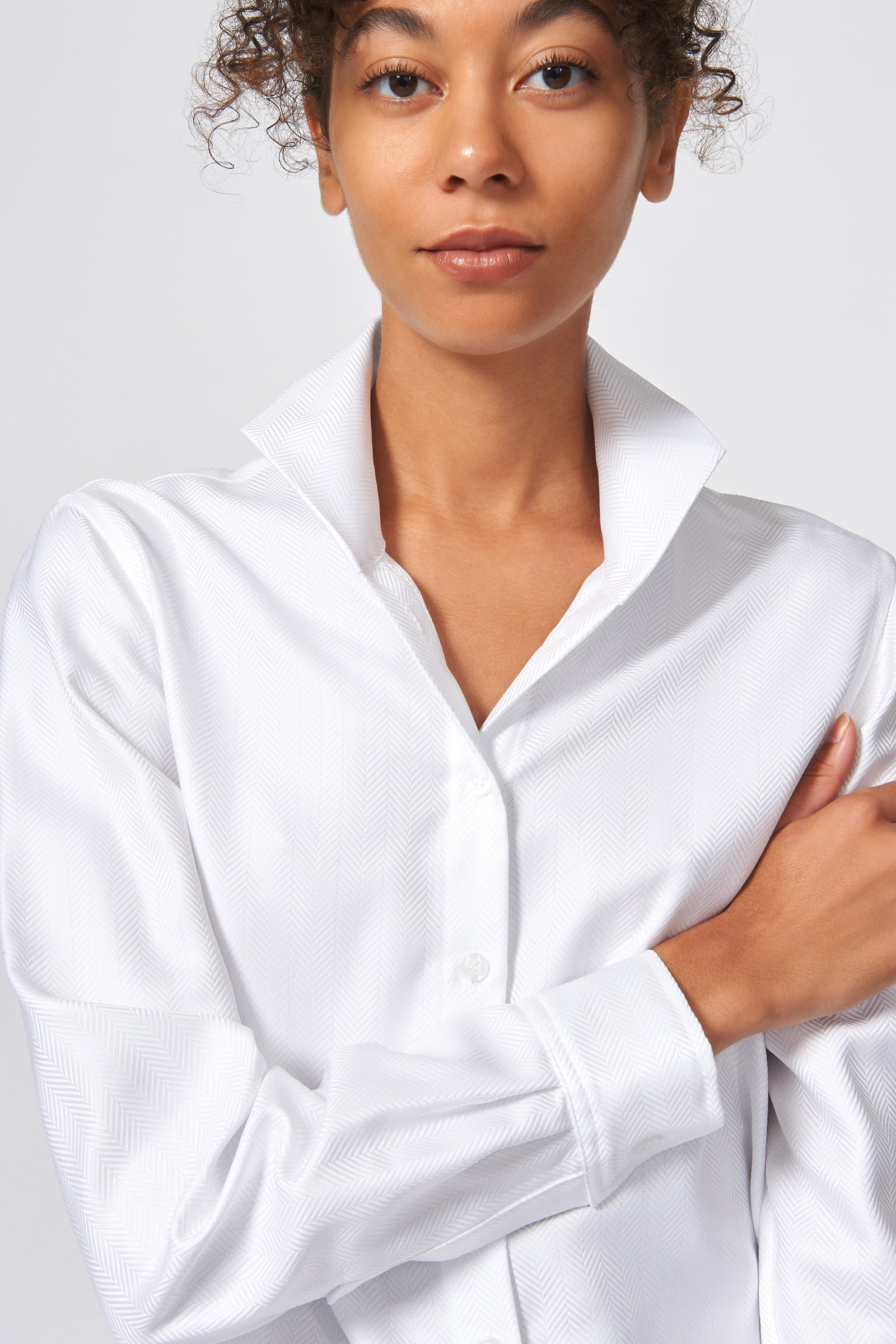Kal Rieman Ginna Box Pleat Shirt in White Herringbone on Model Front Detail View