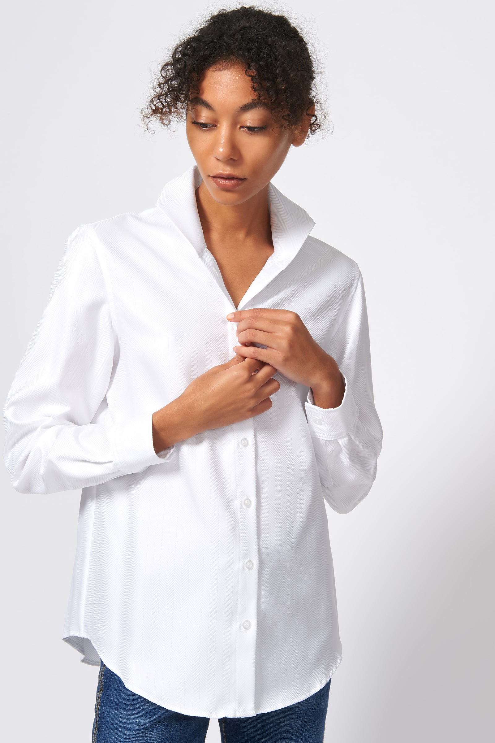 Kal Rieman Ginna Box Pleat Shirt in White Herringbone on Model Front View