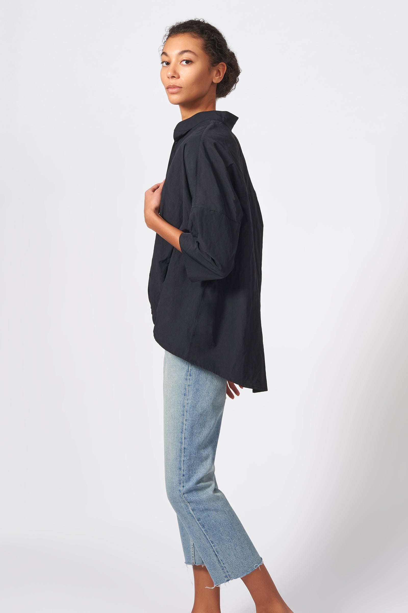 Kal Rieman Pleat Hem Kimono Cotton Nylon in Black on Model Side View