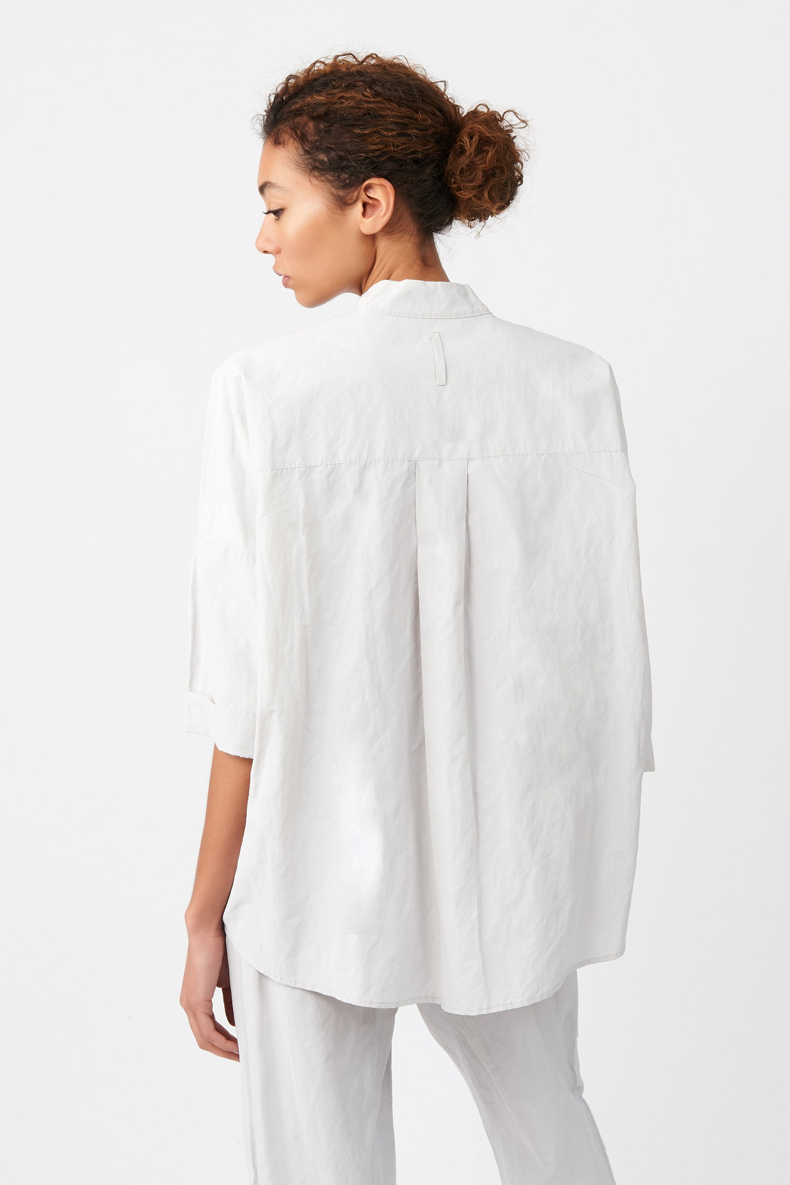 Kal Rieman Pleat Hem Kimono in Stone on Model Back View