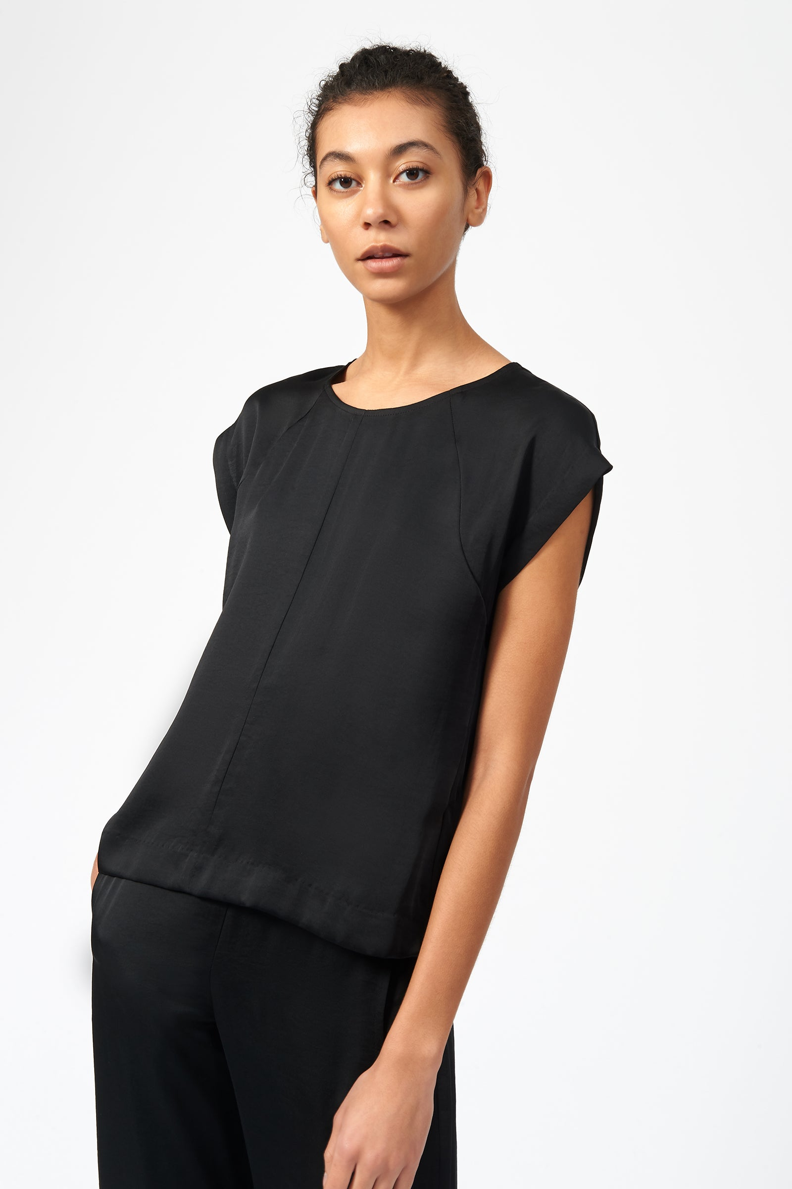 Kal Rieman Satin Raglan Tee in Black on Model Front Side View