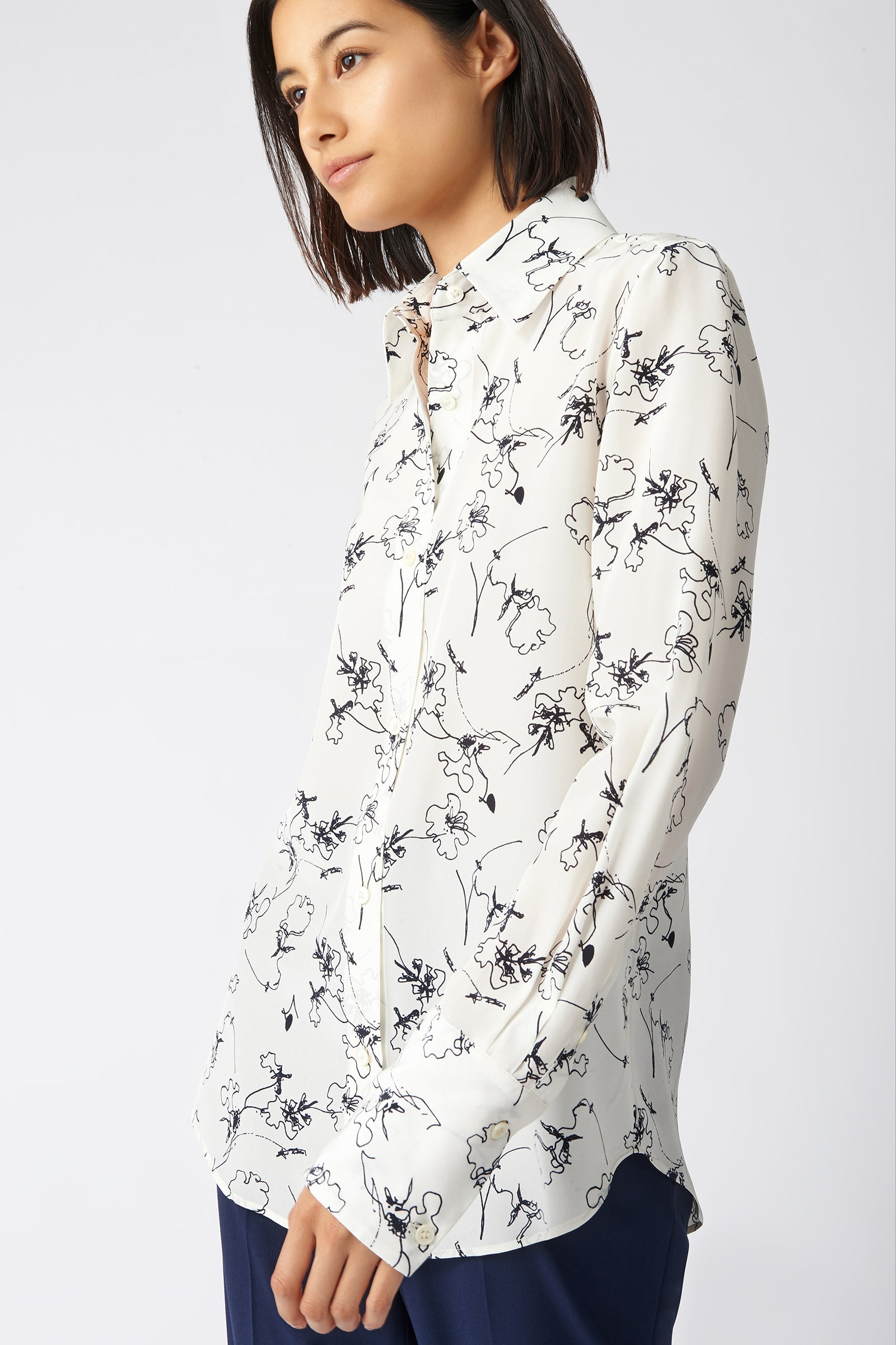 Kal Rieman Classic Tailored Blouse in Navy Floral on Model Side View