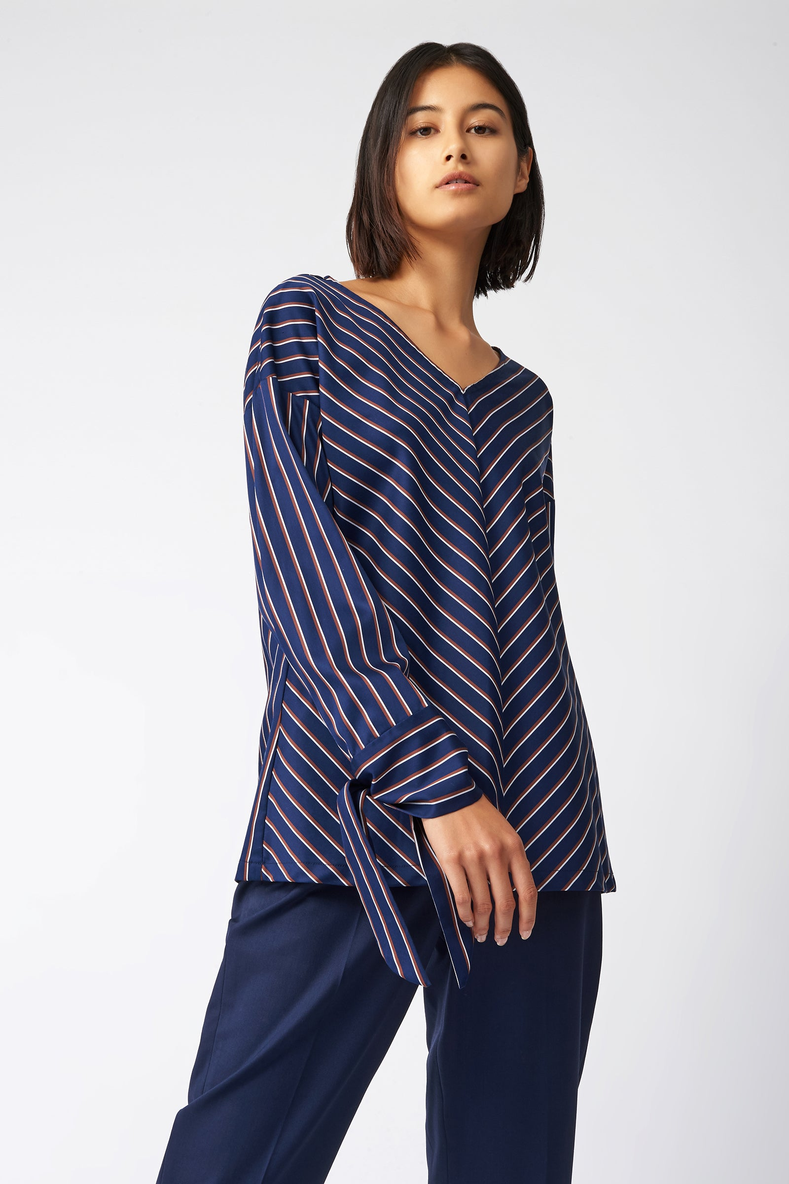 Kal Rieman Tie Sleeve V Neck in Navy Stripe on Model Front View