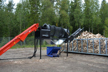 Firewood cleaning with tromel