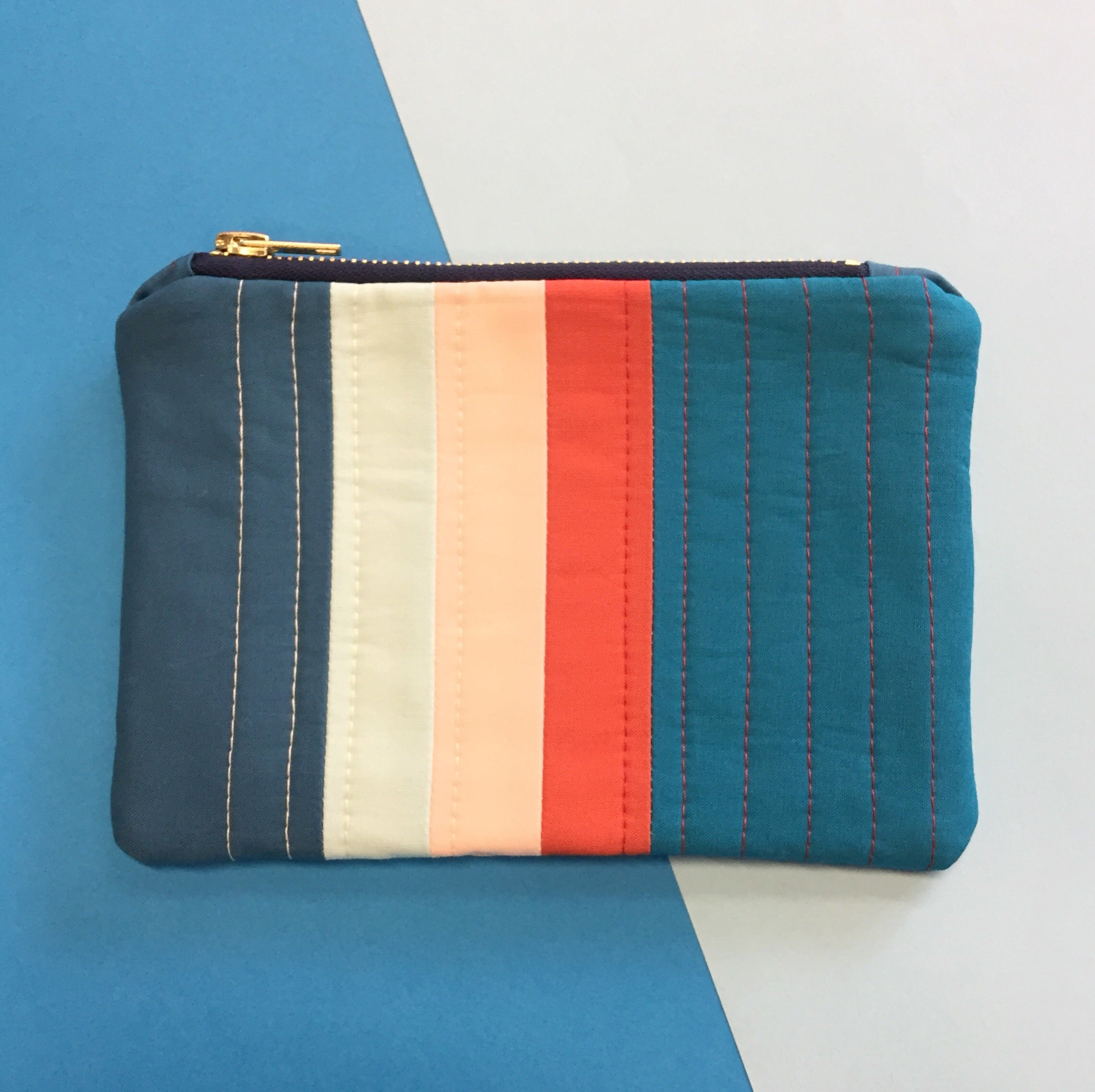 Lil Pouch - Blue / Red