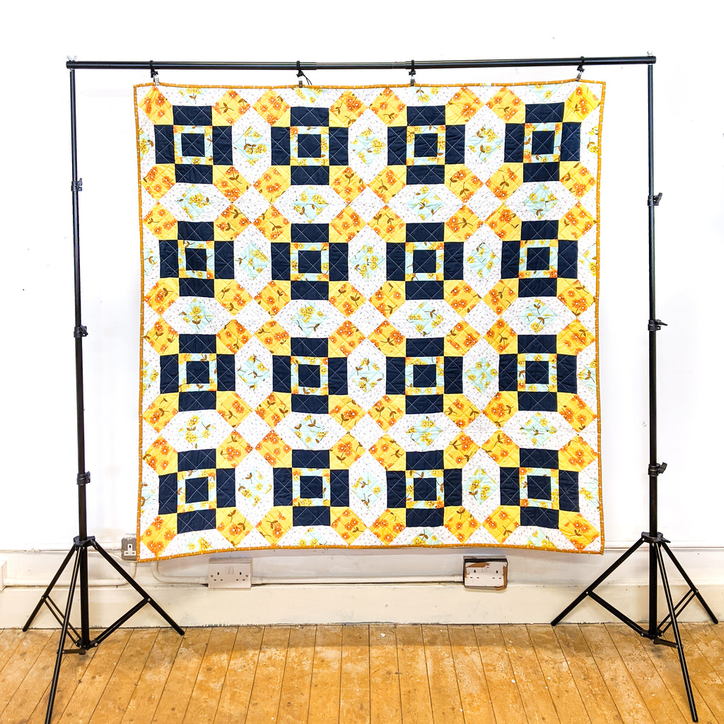 Broken Stones - Throw Quilt