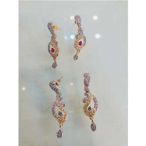 Beautiful Design Earing with Engraved Stone- D017