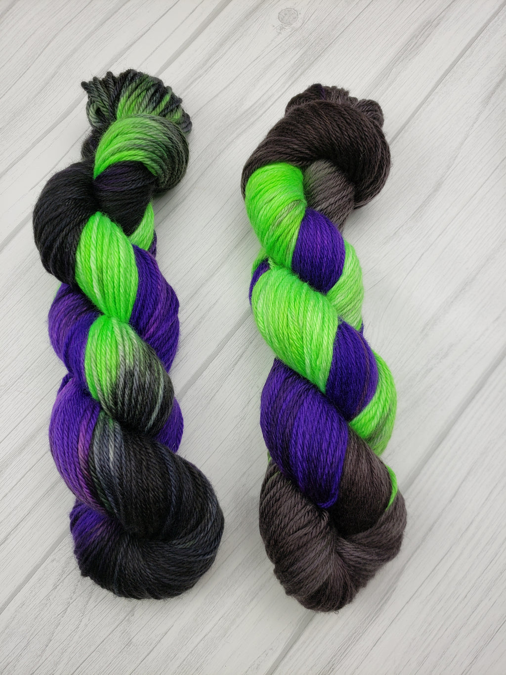 Maleficent, Hand Dyed Wool  in Sock Weight - Spindle warps yarns