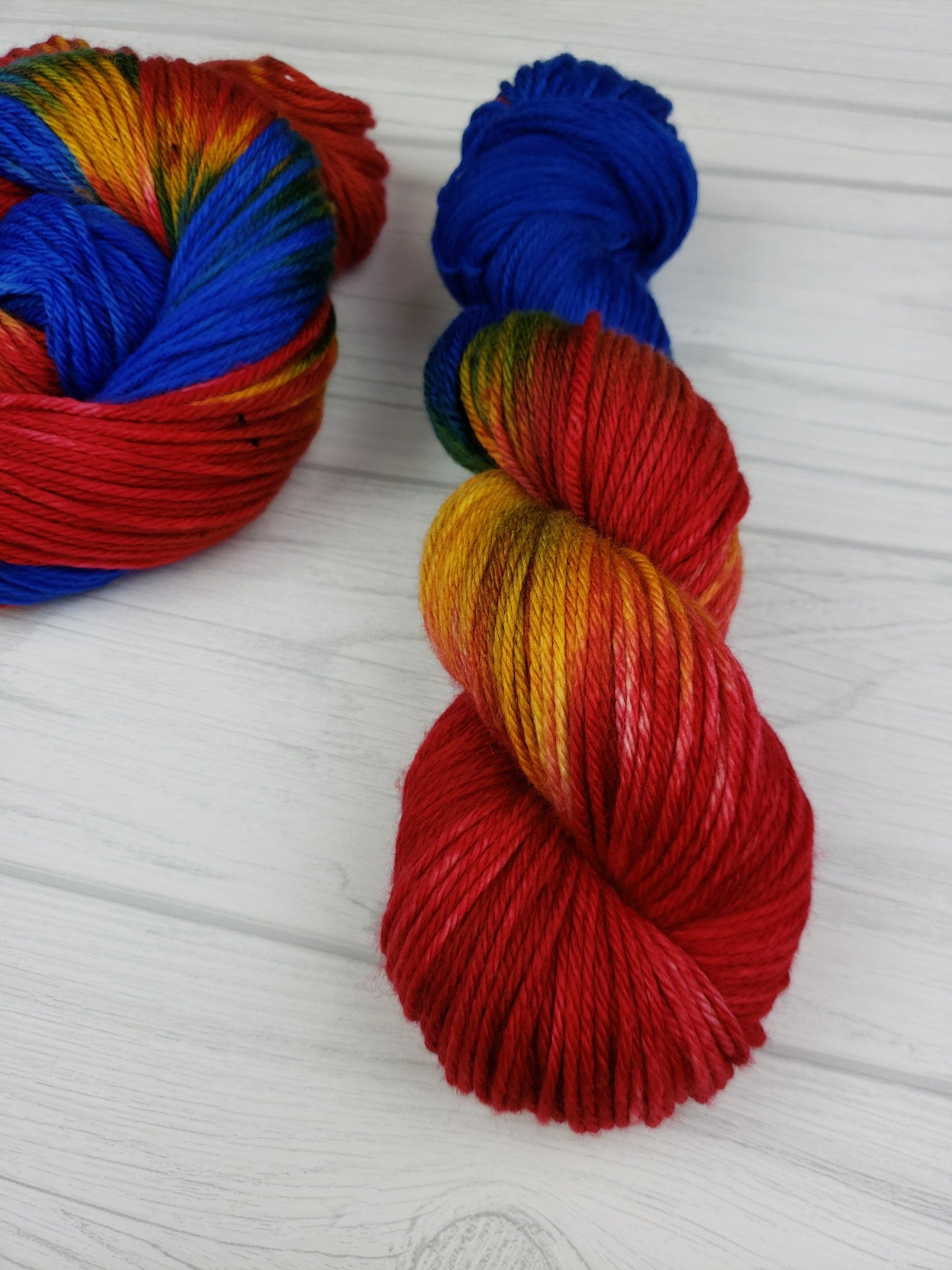 Captain Marvel, Hand Dyed Yarn in DK Weight - Spindle warps yarns
