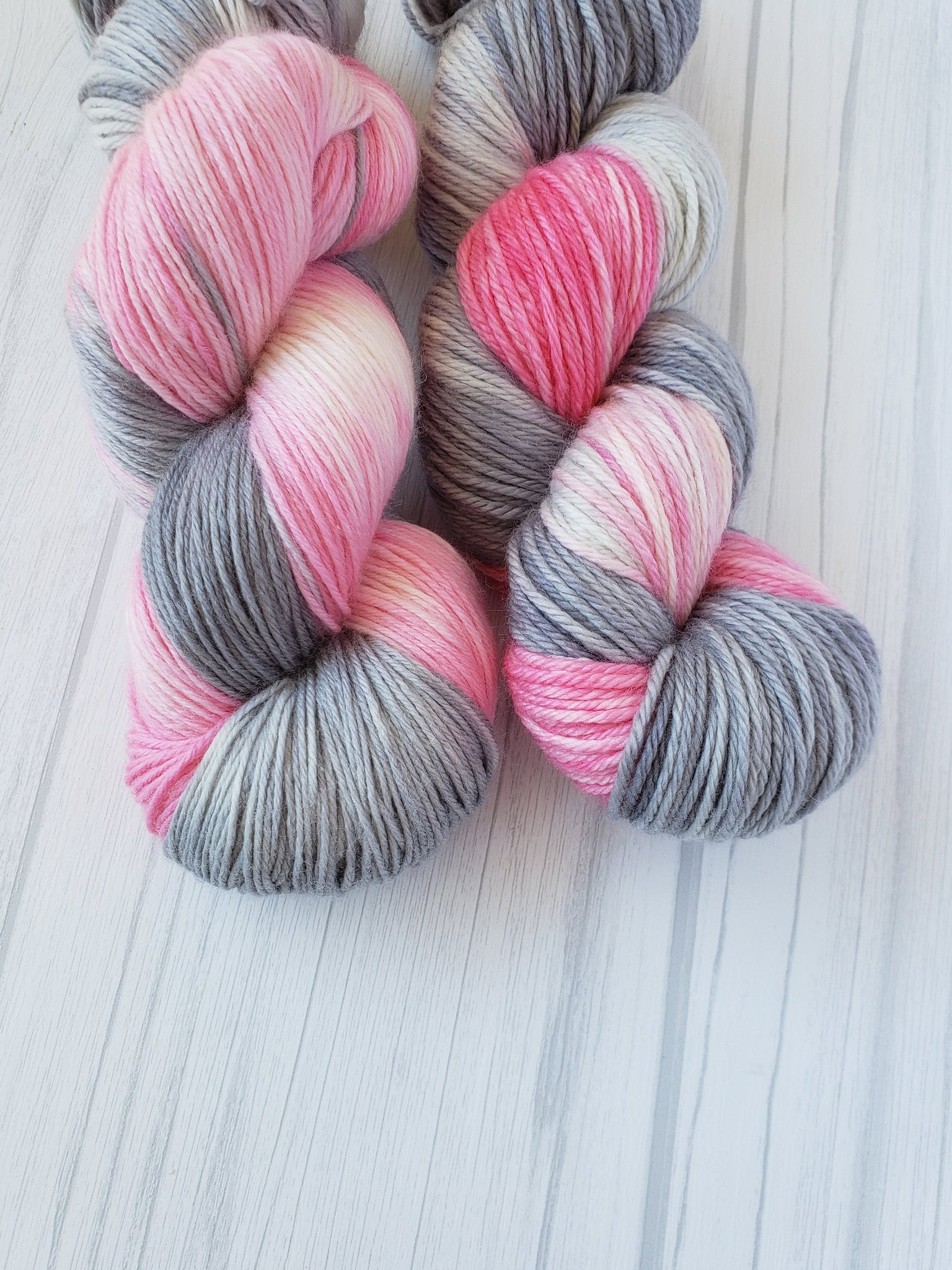 Ballerina Swan Lake, Hand Dyed Yarn in Sock Weight - Spindle warps yarns