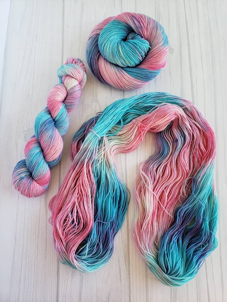 Cotton Candy Unicorn Fart, Hand Dyed Yarn in Worsted Weight - Spindle warps yarns