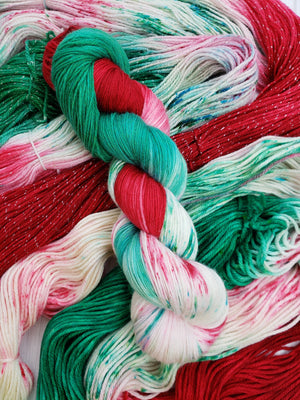 A Christmas Carol, Hand Dyed Yarn in Sock Weight - Spindle warps yarns
