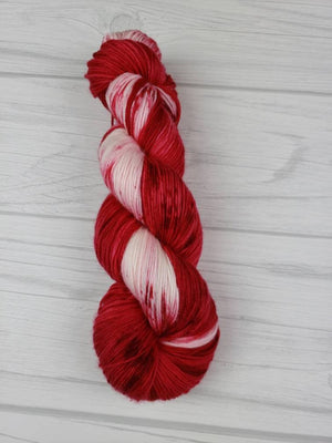 Candy Cane Lane, Hand Dyed Yarn in DK Weight - Spindle warps yarns