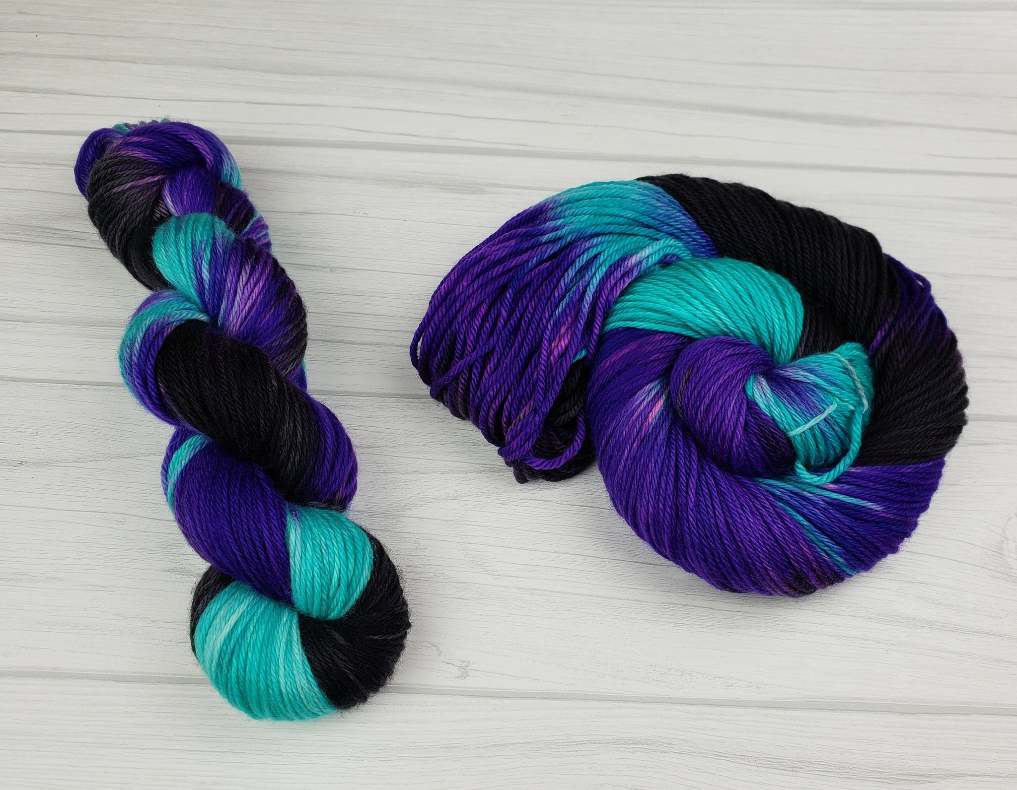 Ursula, Hand Dyed Yarn in Sock Weight - Spindle warps yarns