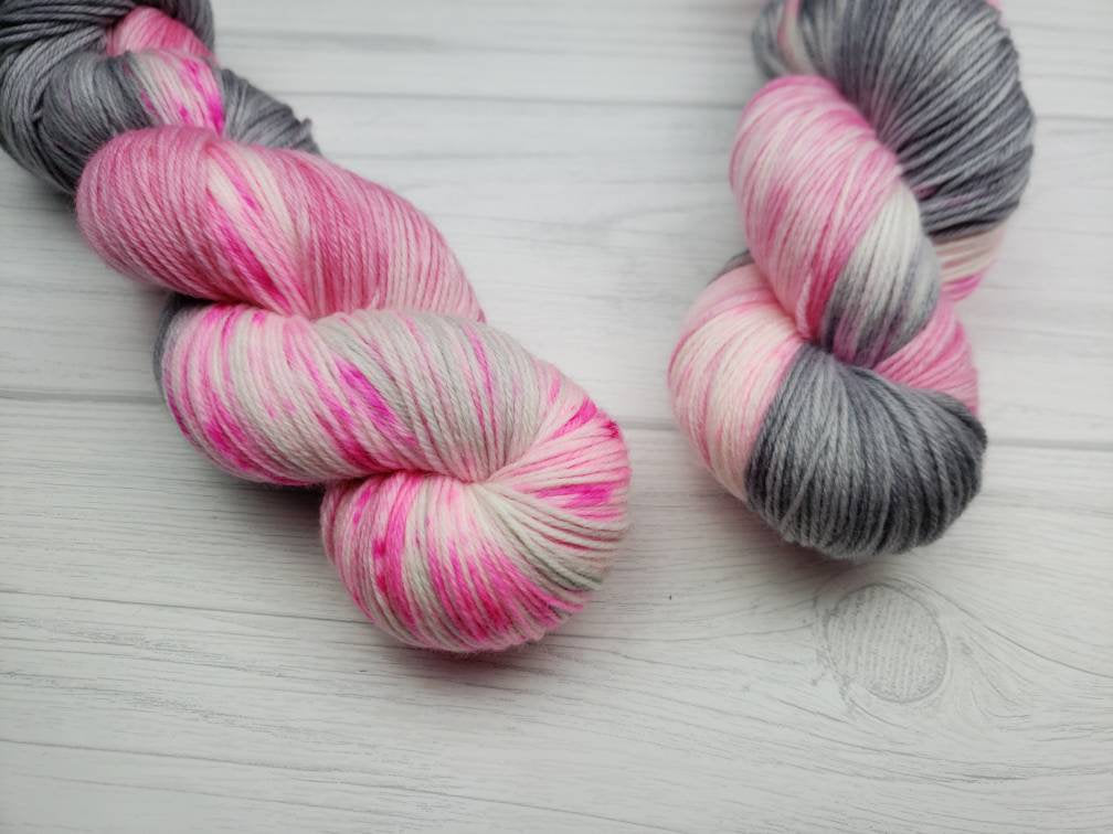 Swan Lake Speckle, Hand Dyed Yarn in Sock Weight - Spindle warps yarns