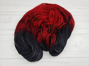 Queen of Hearts, Hand Dyed Yarn in Worsted Weight - Spindle warps yarns