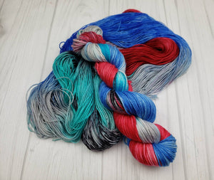 Skywalker, Hand Dyed Yarn in Worsted Weight - Spindle warps yarns